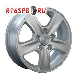 Литой диск Replica Hyundai HND33 5.5x15 5*114.3 ET 41 S