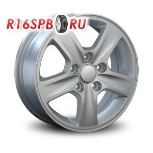 Литой диск Replica Hyundai HND33 5.5x15 5*114.3 ET 47