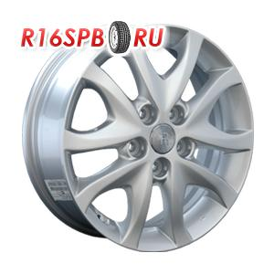 Литой диск Replica Hyundai HND44 5.5x15 5*114.3 ET 47 S