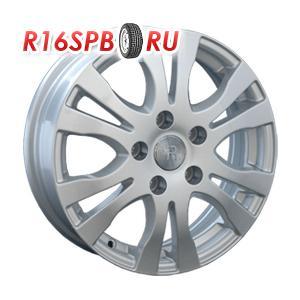 Литой диск Replica Hyundai HND53 5.5x15 4*100 ET 45 S