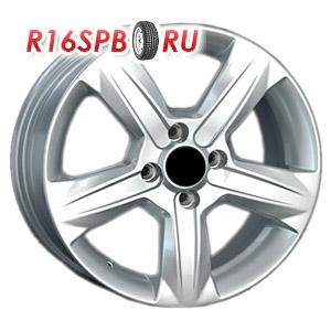 Литой диск Replica Renault RN105 6x15 4*100 ET 43
