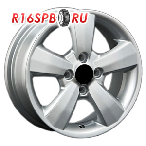 Литой диск Replica Renault RN106 5.5x14 4*100 ET 43