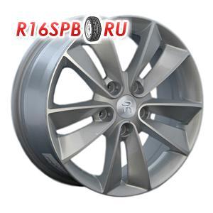 Литой диск Replica Renault RN14 7x17 5*114.3 ET 47 S