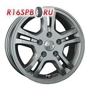 Литой диск Replica Renault RN140 6.5x15 5*114.3 ET 43 GM