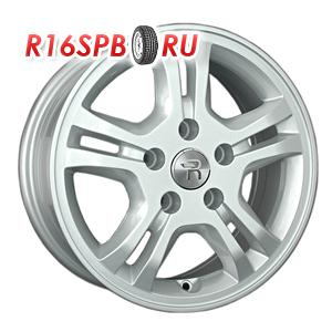 Литой диск Replica Renault RN140 6.5x15 5*114.3 ET 43 S