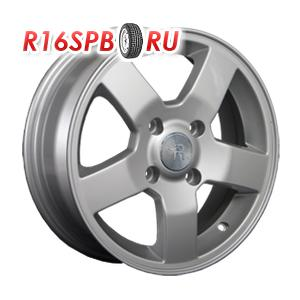 Литой диск Replica Renault RN25 6x15 4*100 ET 45 S