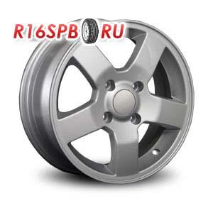 Литой диск Replica Renault RN25 6x15 4*100 ET 45