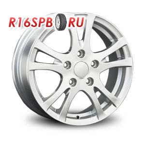 Литой диск Replica Renault RN32 6x15 4*100 ET 45