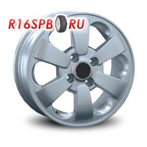 Литой диск Replica Renault RN37 5.5x14 4*100 ET 45