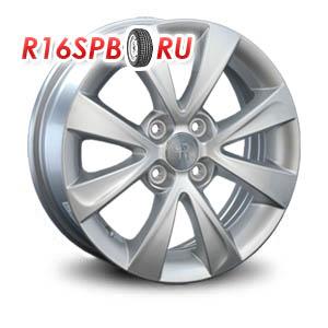 Литой диск Replica Renault RN43 6x15 4*100 ET 45