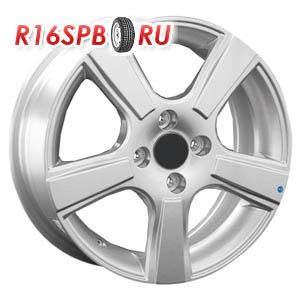 Литой диск Replica Renault RN56 6x15 4*100 ET 43