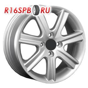 Литой диск Replica Renault RN57 6x15 4*100 ET 43