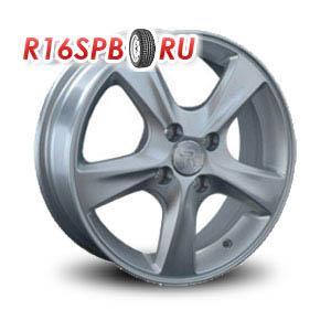 Литой диск Replica Renault RN64 6x15 4*100 ET 43