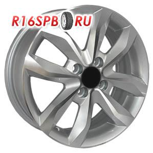 Литой диск Replica Renault RN92 6x15 4*100 ET 40 SF