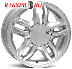 Литой диск Replica Renault W3301 6x15 4*100 ET 42