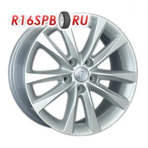 Литой диск Replica Toyota TY136 7x17 5*114.3 ET 39 S