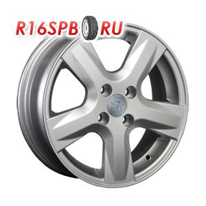 Литой диск Replica Toyota TY35 (FR672) 6x15 5*114.3 ET 39 S