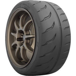 Летняя шина Toyo Proxes R888R 235/45 R17 94W